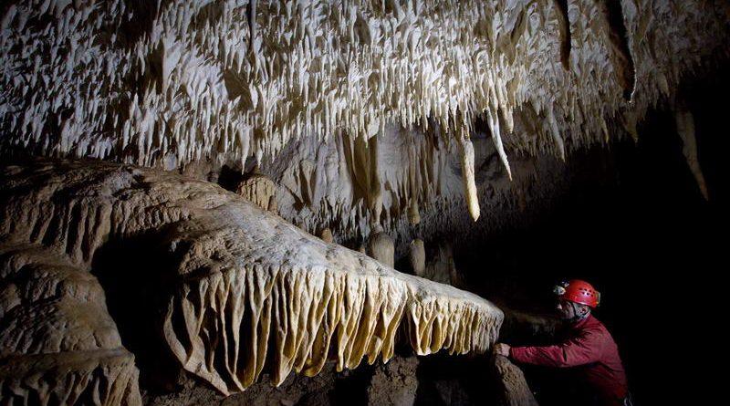 Prima reţea de peşteri speoturistice din România – valorificare durabilă a patrimoniului carstic